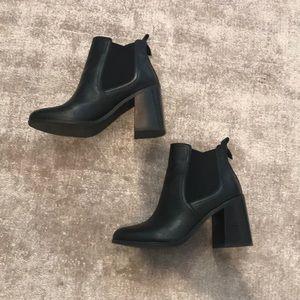 BP. black ankle boots